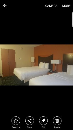 Fairfield Inn & Suites Columbus : Screenshot_2016-10-03-18-01-57_large.jpg