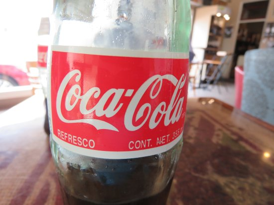 Muddy Waters Coffeehouse: Coke with real sugar