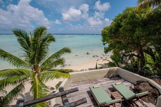 Pacific Resort Aitutaki: Ultimate Beachfront Villa