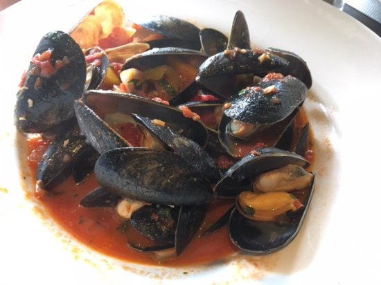 Crossroads Restaurant: Mussels for lunch at Crossroads!