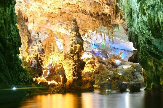 Essential Vietnam Tours