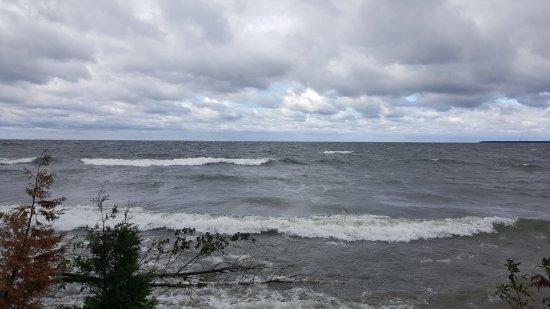 Fish Creek, WI: Big Waves