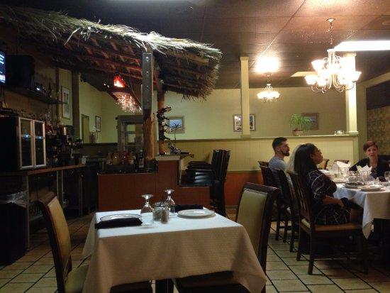Port Saint Lucie, FL: Dining Area and Bar