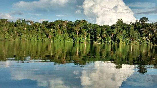 Sandoval Lake Lodge: Lago Sandoval, es hermoso