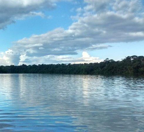 Sandoval Lake Lodge: el atardecer en lago sandoval