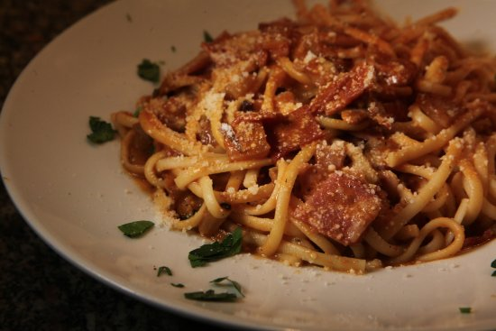 Yummy Walks: One of our North End tour pastas