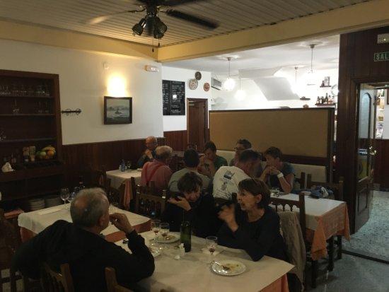 Restaurante casa paredes en santiago de compostela con - Cocinas en santiago de compostela ...