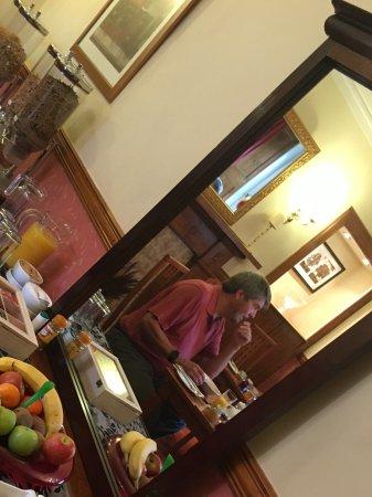 Dionard Guest House: Breakfast buffet