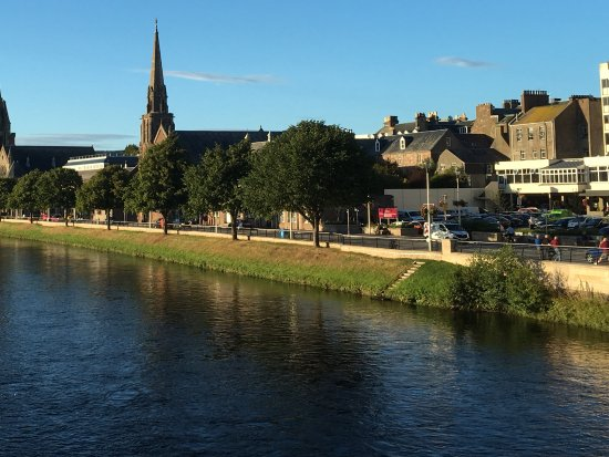 Dionard Guest House: River Ness, walking distance from Dionard House.