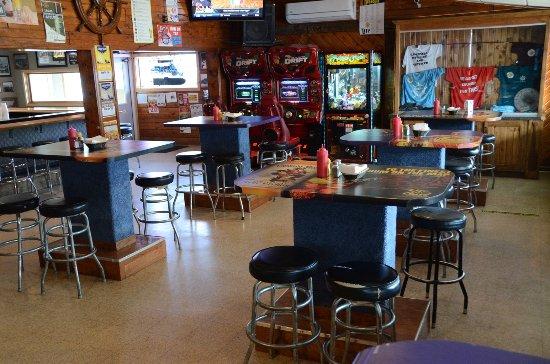 Fremont, WI: Riverside Dining