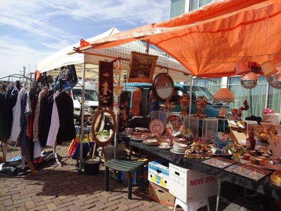 IJ-hallen Flea Market: i j hallen market