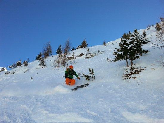 333 ski school R