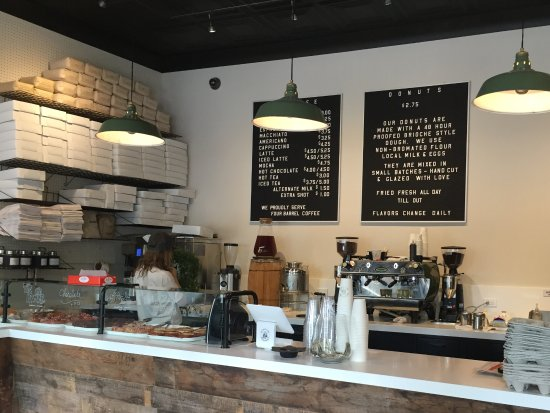 Sag Harbor, NY: Grindstone Coffee and Donuts