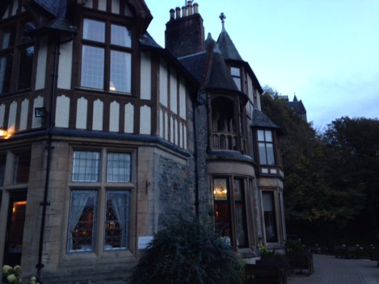 Knockderry House Hotel: View at dusk