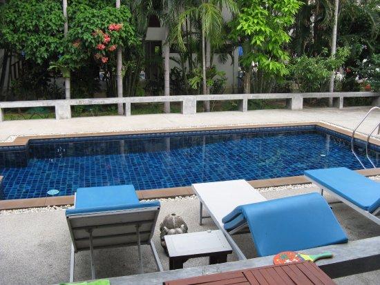Florist Resort : выход из номера сразу в бассейн )