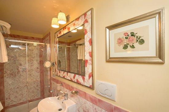 La Casa del Garbo: Bathroom Standard Beatrice