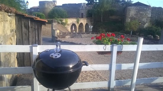 Nueil sur Layon, France: BBQ with a view
