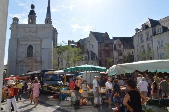 Nueil sur Layon, Frankrike: Saumur Market