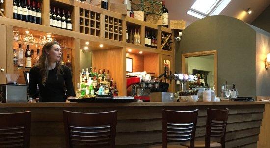 La Barca Spanish Tapas & Wine Bar: photo1.jpg