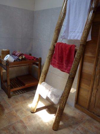 Enjoyable Kuchnia Przejscie Do Lazienki Picture Of Swallow Theyellowbook Wood Chair Design Ideas Theyellowbookinfo