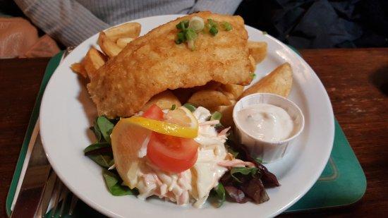 Bofey Quinns Bar & Restaraunt: Fish & Chips