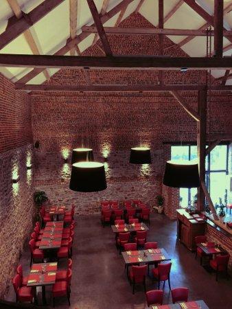 La Grange de la Courte : La salle
