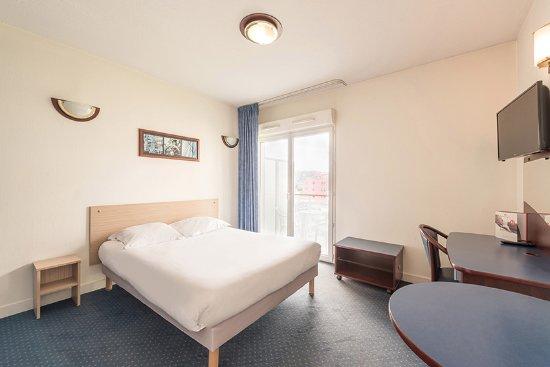 Appart 39 city antibes hotel voir les tarifs 134 avis et for Appart city prix