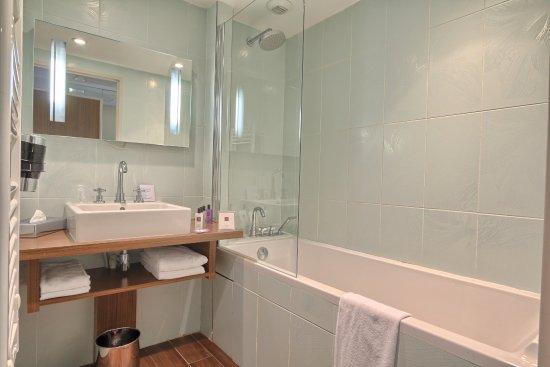 Relais de la Malmaison: Salle de bains Chambre Classique
