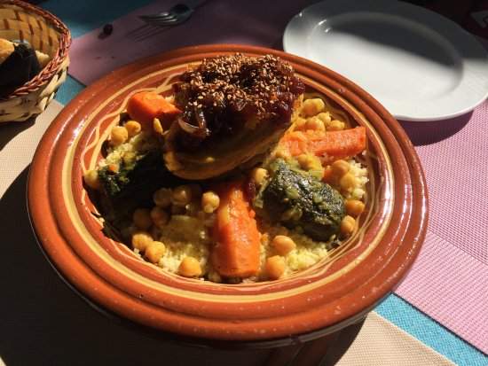 Exquisita comida marroqu casera opiniones sobre mama for Aicha moroccan cuisine san francisco