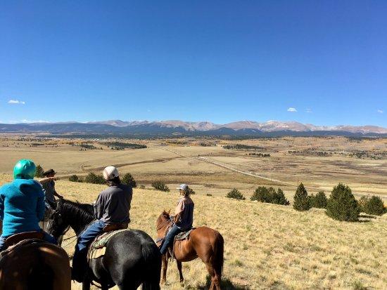 Fairplay, โคโลราโด: Up on the ridge