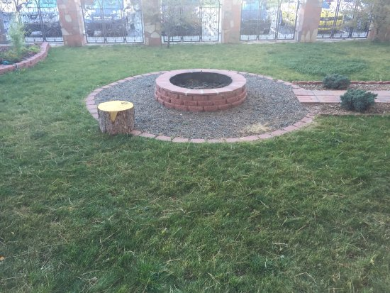 Econo Lodge - Pagosa Springs: Guest Fire Pit