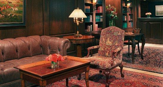 The Blakely New York: Lobby
