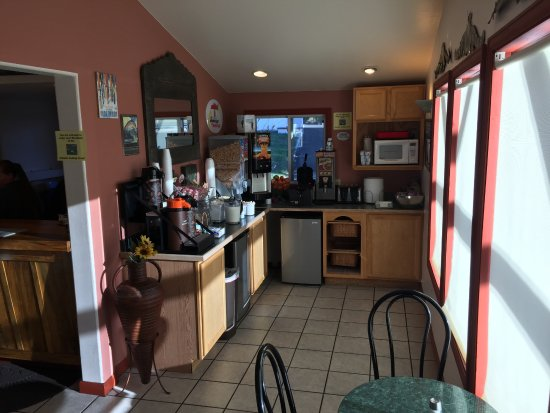 Super 8 Salida: Breakfast area