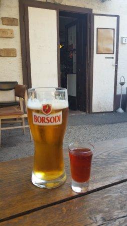 Alsoors, Hongarije: Sör, kevert. Mint régen. :-)