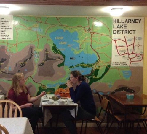 Neptunes Hostel: Map mural in dining area.
