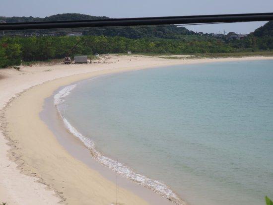Tsutsukihama Beach: 美しい浜