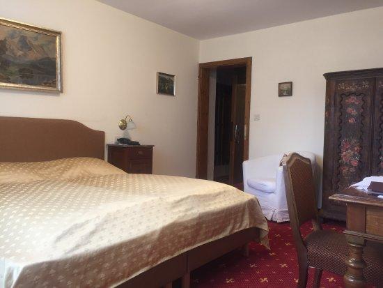 Villa Excelsior Hotel & Kurhaus: Panorama Zimmer mit herrlichem Blick über Tal und auf die Berge