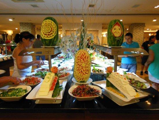 Seher Resort & Spa: décorations au buffet d'entrées