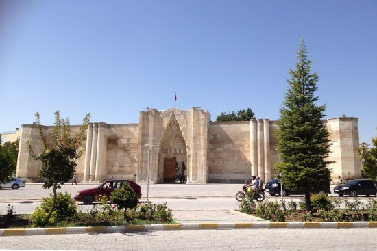 Entrada do sultanhani kervansaray picture of sultanhani for Aksaray hotels