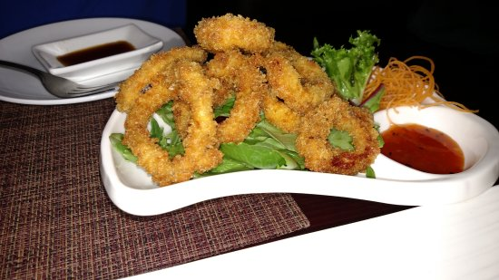 Kazumi Japanese Steakhouse and Sushi Bar : Calamari - simply and perfectly prepared! Wonderful!