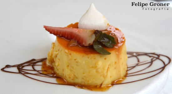 Samari Spa Resort: Flan de Caramelo