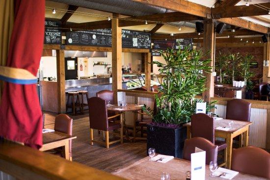 Flaxton, UK: Tykes restaurant