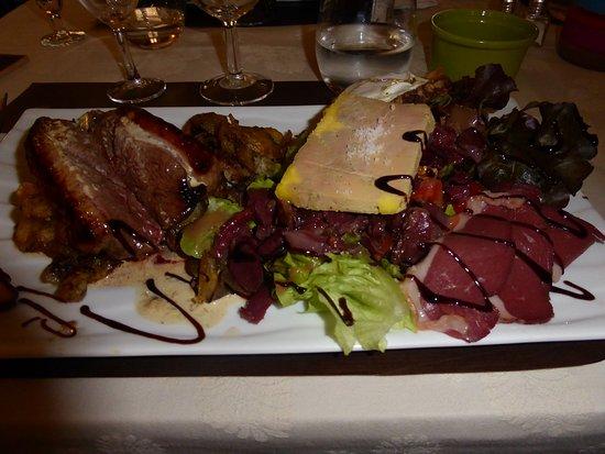 Les Rigalous: Dans cette assiette tout était bon,sauf le foie gras trop mou .