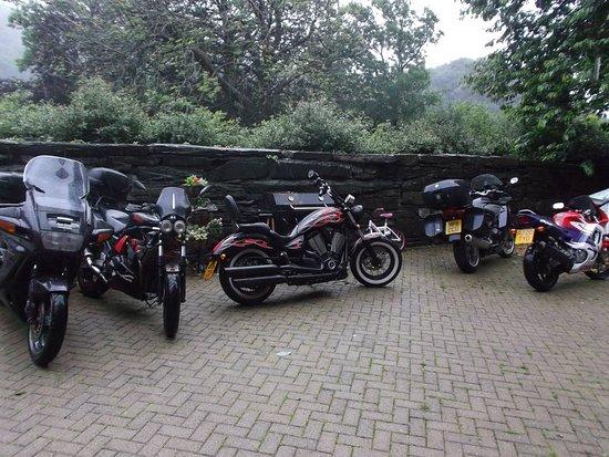 Dolwyddelan, UK: Plenty of parking