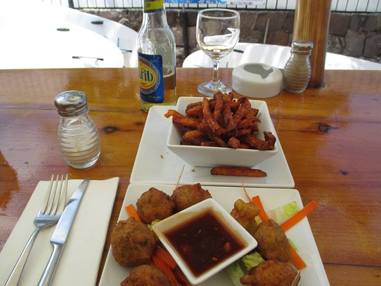 Grand Cul-de-Sac, Saint-Barthélemy: Sweet potatoe fries & cod fritters