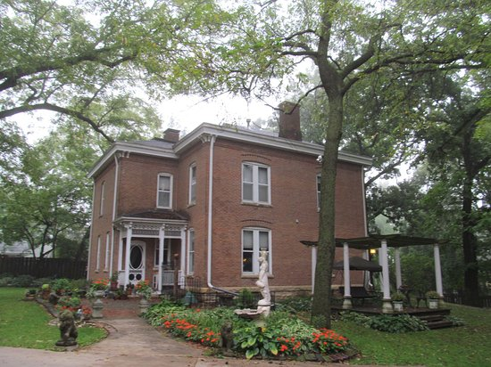 Belmont Hill Victorian Bed and Breakfast Photo