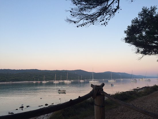Veli rat, Kroasia: wundervoller Ausblick von der Bar
