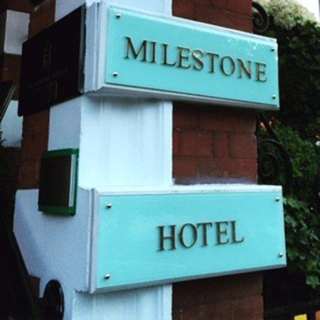 The Milestone Hotel: Fantastic!