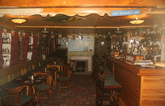 Cloghane, أيرلندا: pub interior