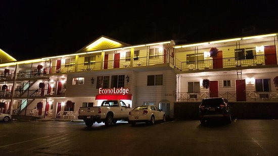 Econo Lodge Downtown: 20161002_193145_large.jpg
